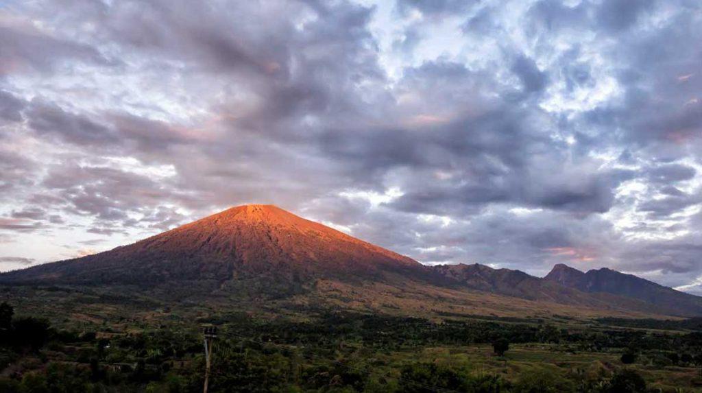 gunungrinjanilombok12